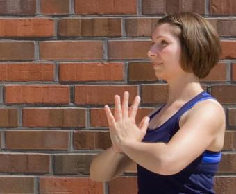 Hansa Yoga – Forrest Yoga mit Katharina Rodewald, Namasté, Aktive Hände, active hands © Günter Kupich, Hamburg