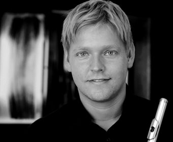 Hansa Yoga Forrest Yoga Savasana Konzert mit Live-Musik Querflöte Tim Henning Lüttge