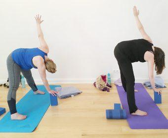 Pränatal Prenatal Forrest Yoga Schwanger Schwangerschaft Hansa Yoga Hamburg Winterhude Barmbek mit Katharina