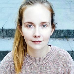 Hansa Yoga Yogalehrerin Laura Stoltenberg