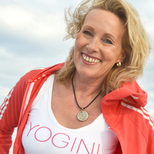 Hansa Yoga Hatha Yogalehrerin Yogawerft Martina Mittag
